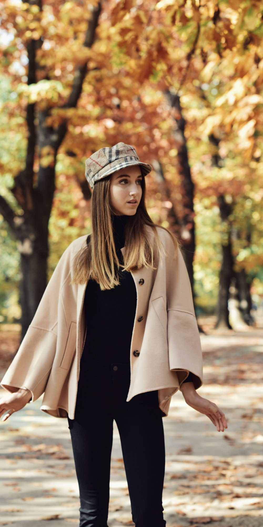 Beige & Black | Autumn Chic